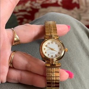 Gold stretch band Watch women's-new battery
